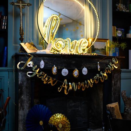 décoration joyeux anniversaire guirlande or